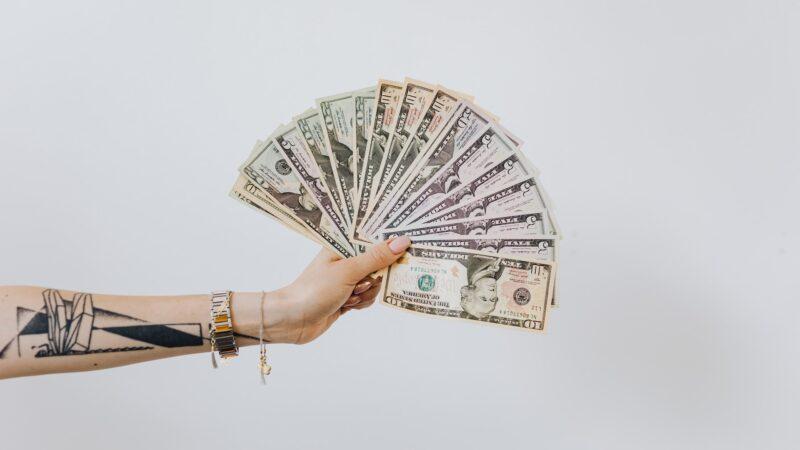 Como ganhar dinheiro produzindo conteúdo na internet