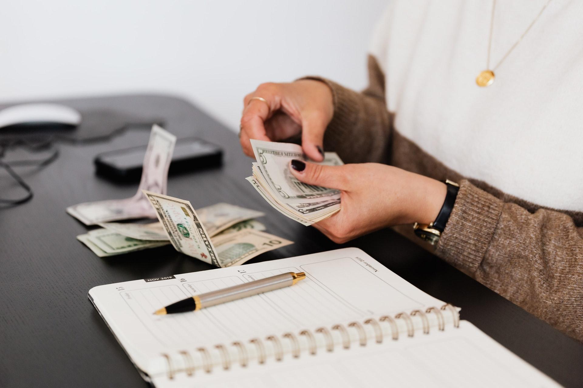 7 ideias de como ganhar dinheiro na internet